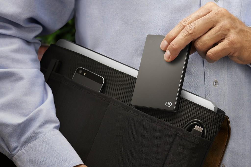 Seagate Backup Plus Slim 2TB Portable External Hard drive