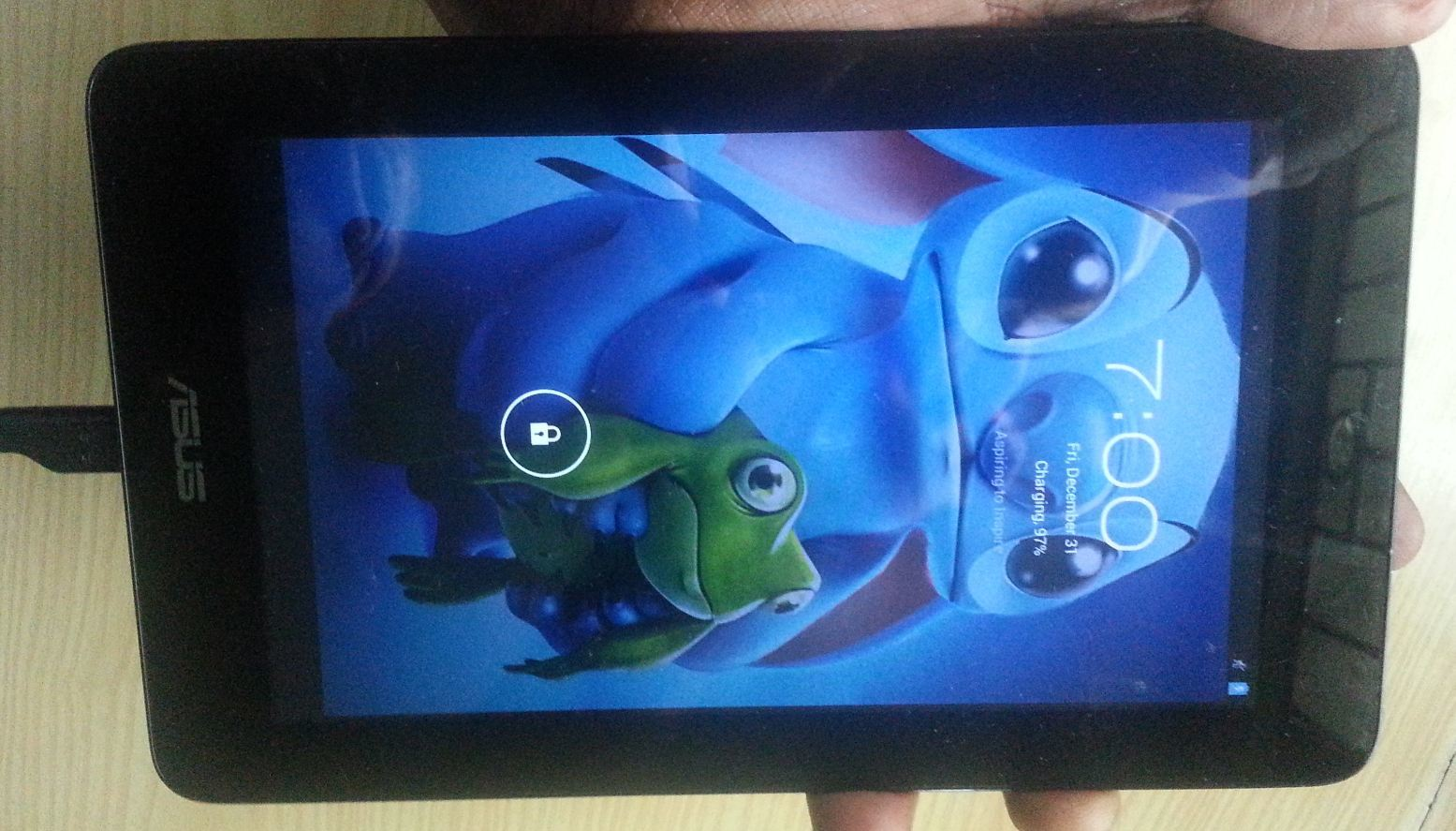Asus Memo Pad wont turn on Fix - BlogTechTips