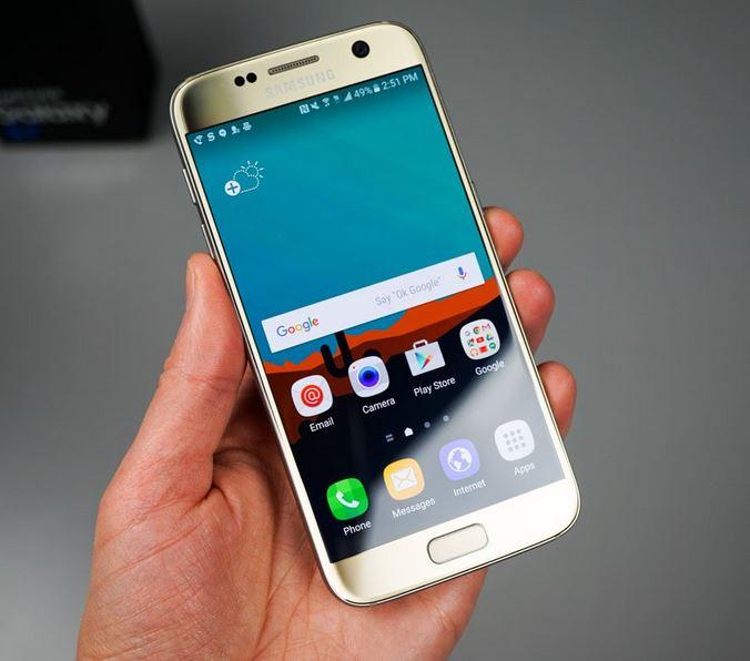 spot a fake Galaxy S7