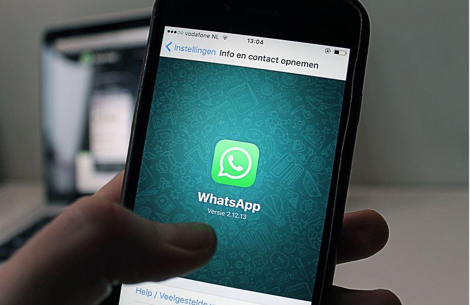 Whatsapp Date and time error