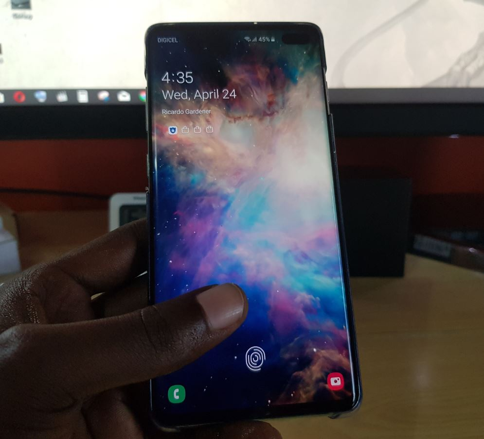 Make the Galaxy S10 Fingerprint Sensor Faster