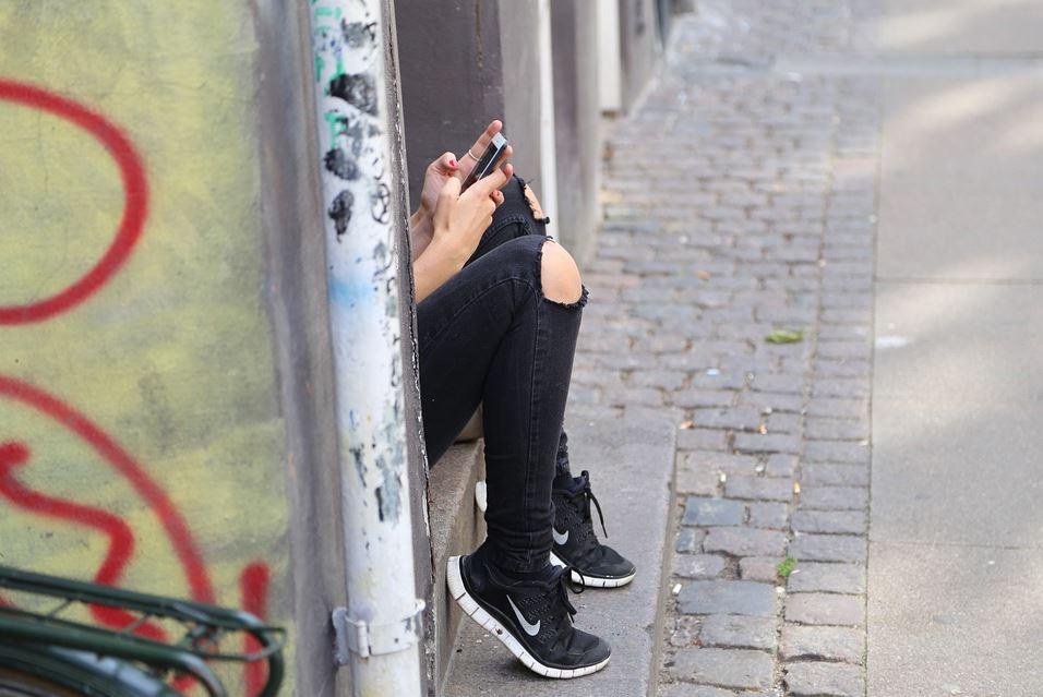 Whatsapp not sending pictures