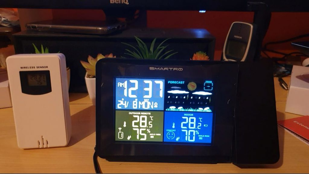 SMARTRO SC91 Projection Alarm Clock with Weather Station